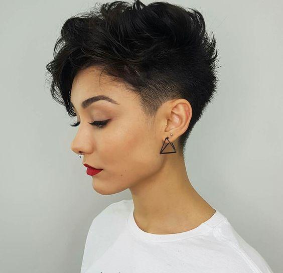 pixie cut for wavy hair (2)