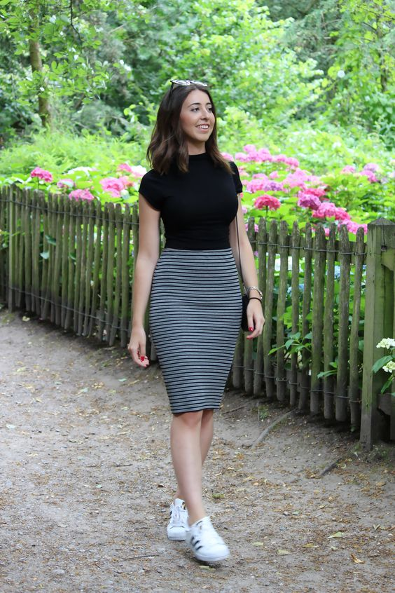 Looks with skirts that will highlight your figure