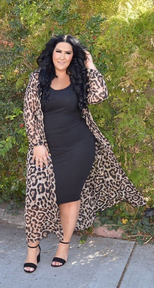 Dresses to highlight curves