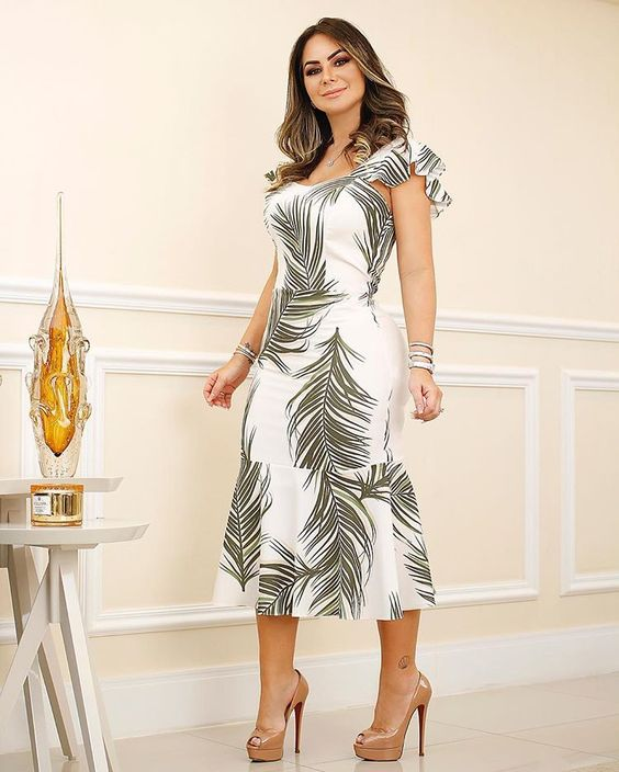 modern casual dresses for women 40 years or older