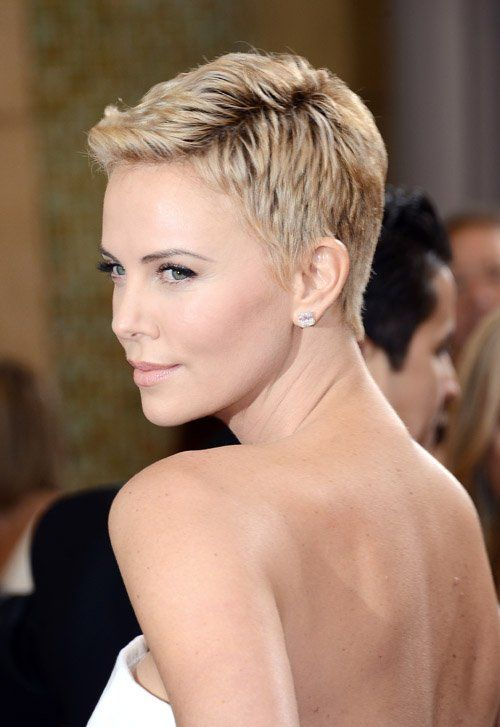 haircut mature women short hair