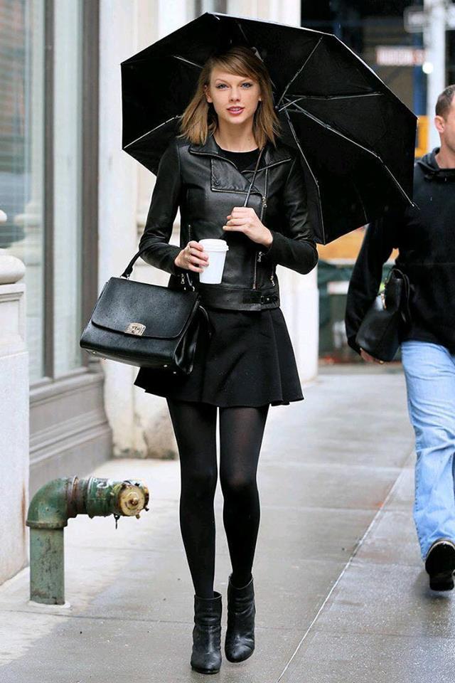 Fashion for 40 modern women 2019 in black