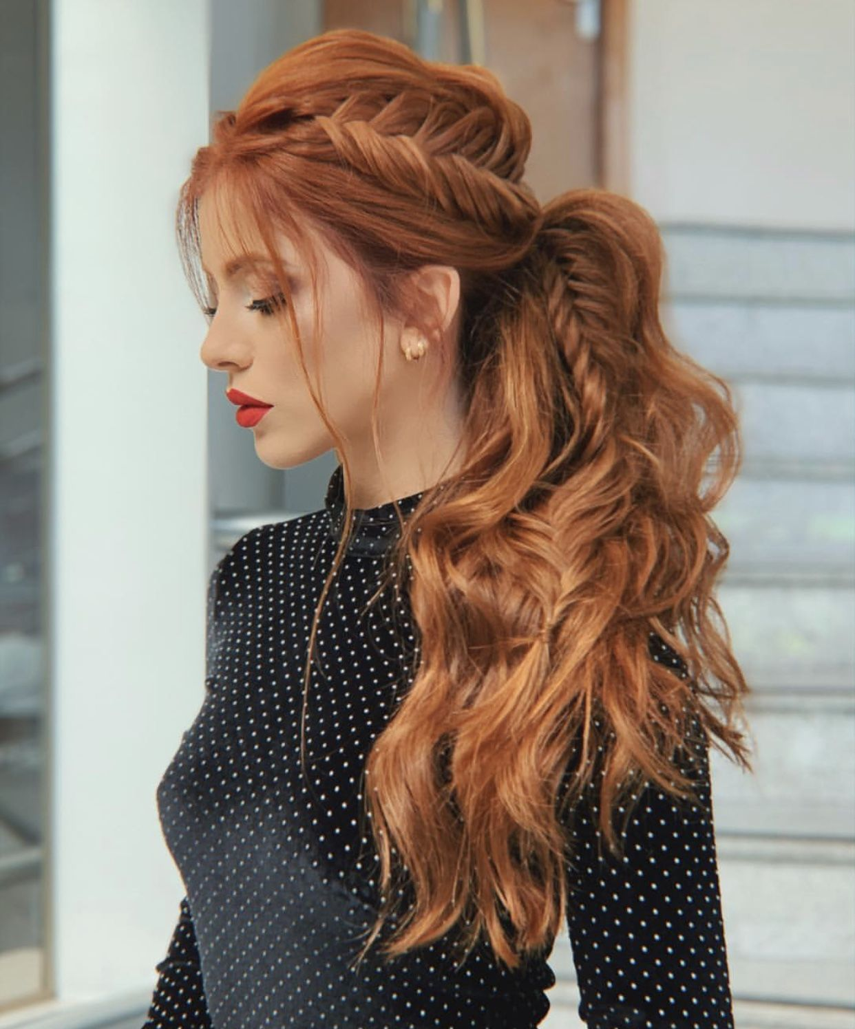 Loose hair hairstyle with braid