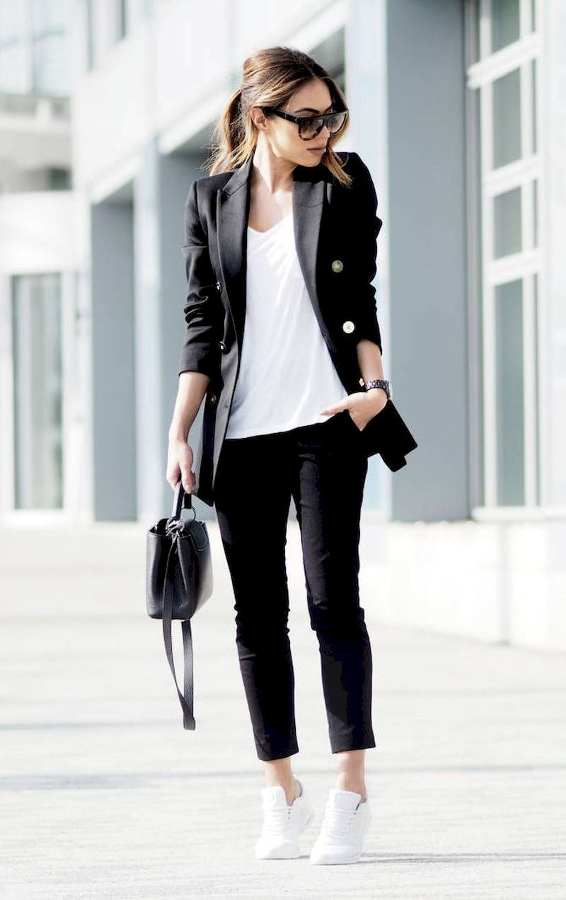 Casual outfits for women 30 years and older: White sneakers
