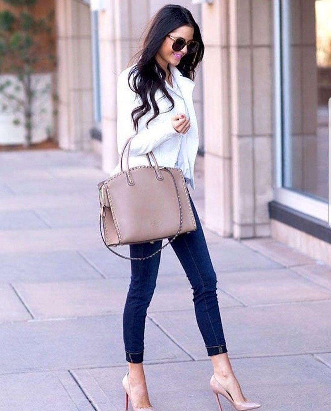 Outfits with beige heels for women 35 and over
