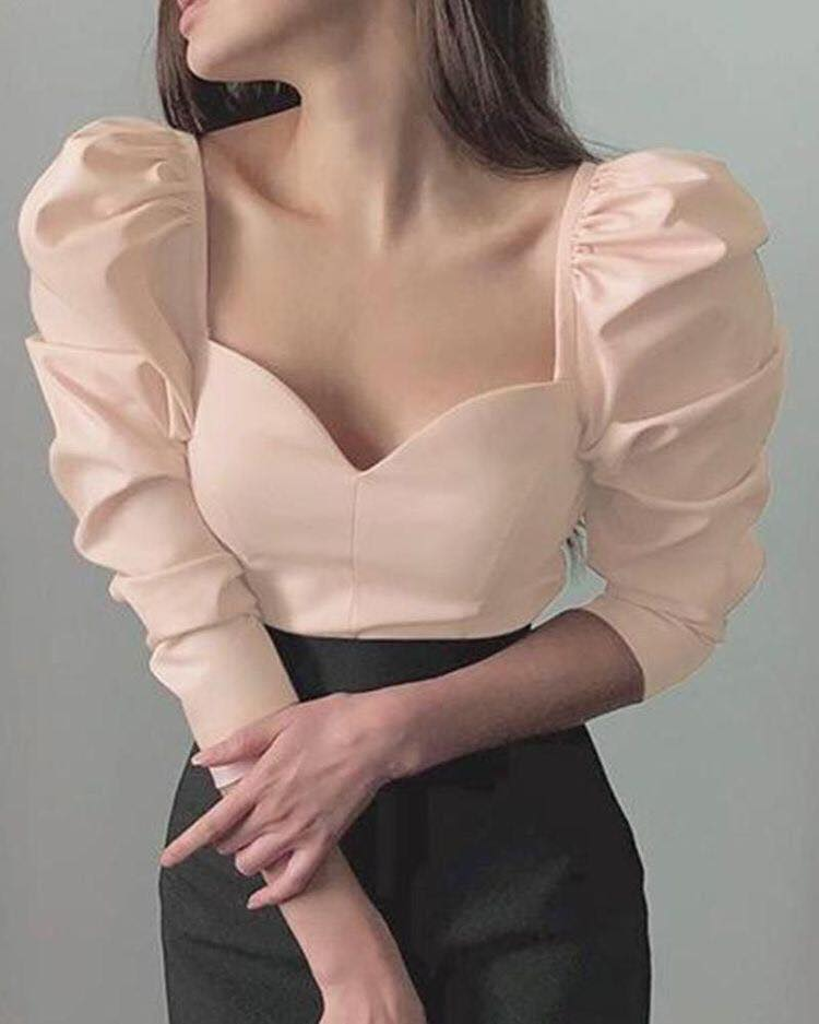Sweetheart neckline for on-trend blouses
