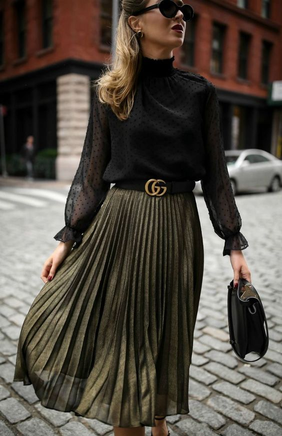 Comfortable yet stylish skirt for women 40 and over
