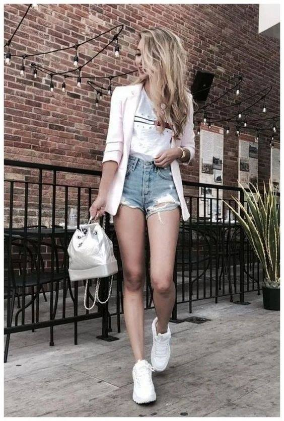 Outfits with shorts and blazer casual attire