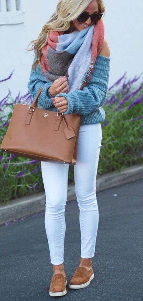 Look with skinny jeans and maxi sweater for women