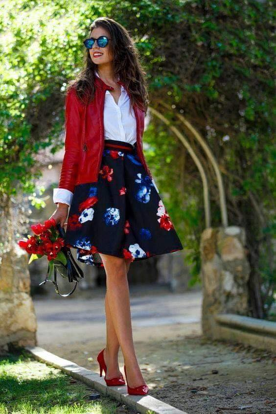 Outfit with skirt and red jacket