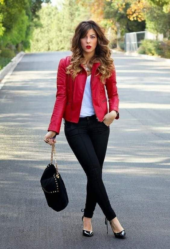 Basic look with a red jacket