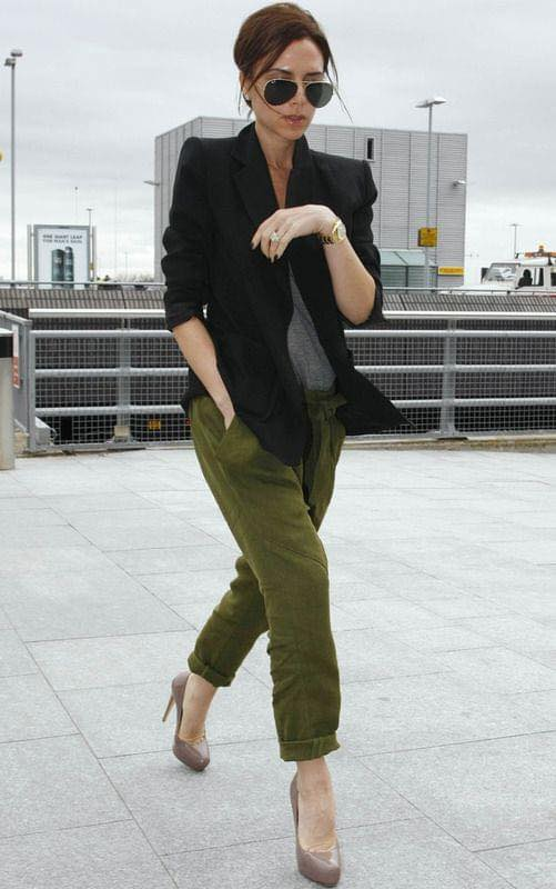 How to wear military green baggy pants