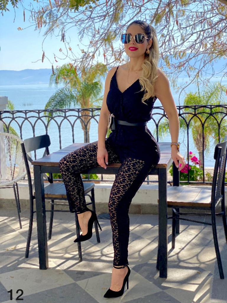 Spring - summer fashion trends for mature women