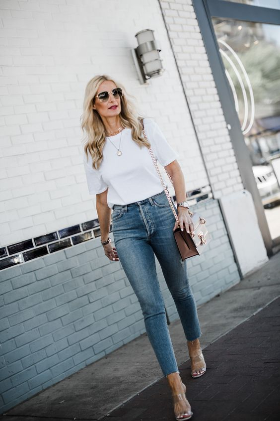 How to wear a basic white t-shirt