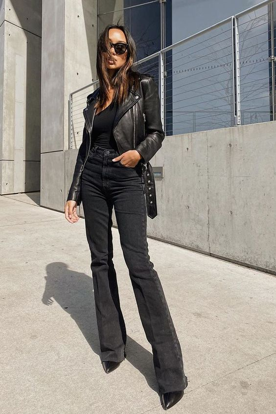 Looks for mature women with flared black jeans