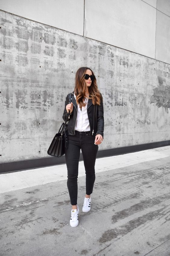 Outfits for mature women with black jeans and jackets