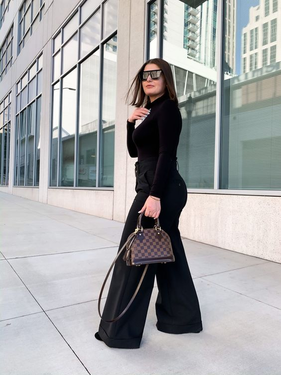 Outfits with black palazzo for curvy girls
