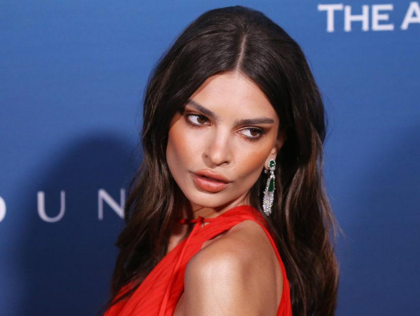 Model Emily Ratajkowski has warm undertones and overtones: orange enhances her beauty a