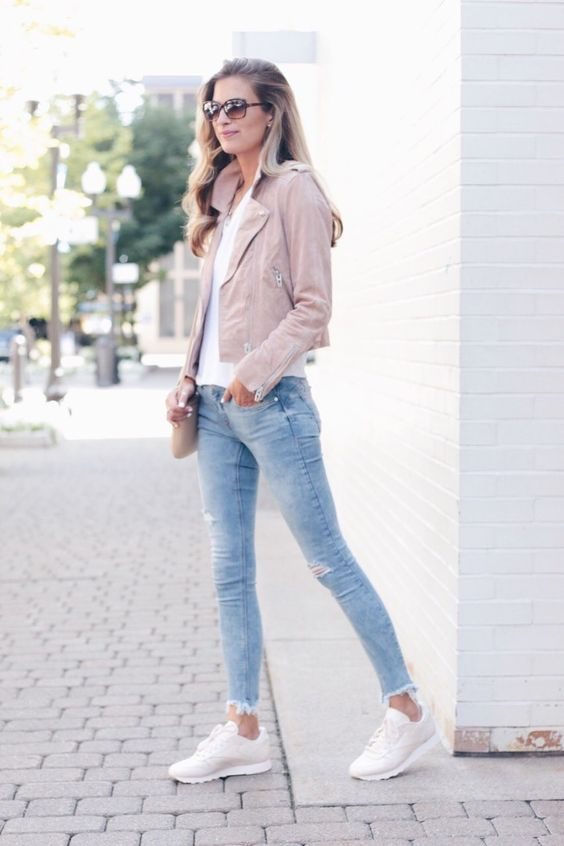Comfortable outfits with tennis shoes for mature women