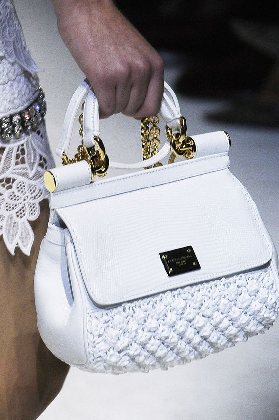 Dolce and gabbana autumn - winter 2019 2020 bags