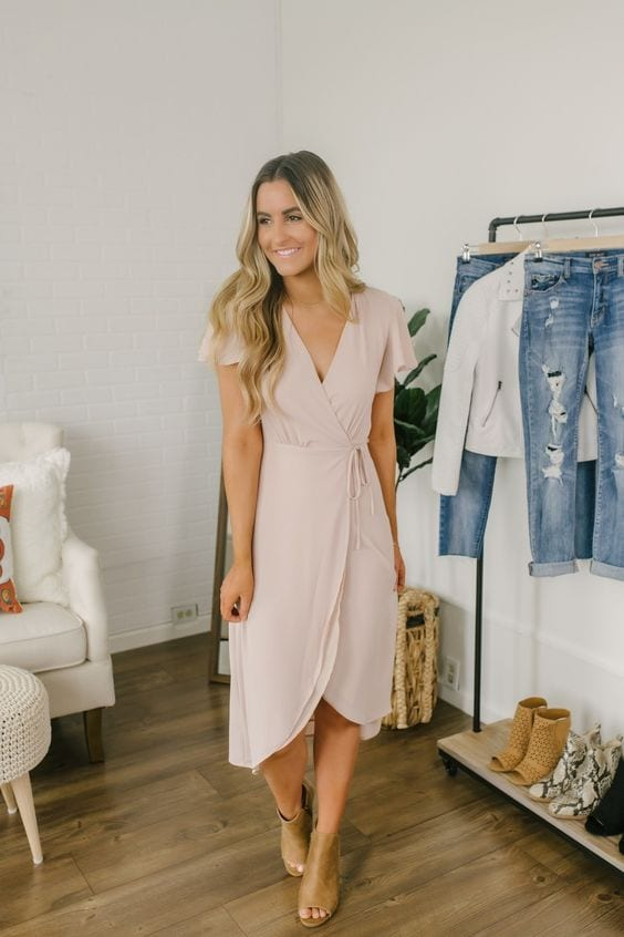 Outfit ideas with midi wrap dress
