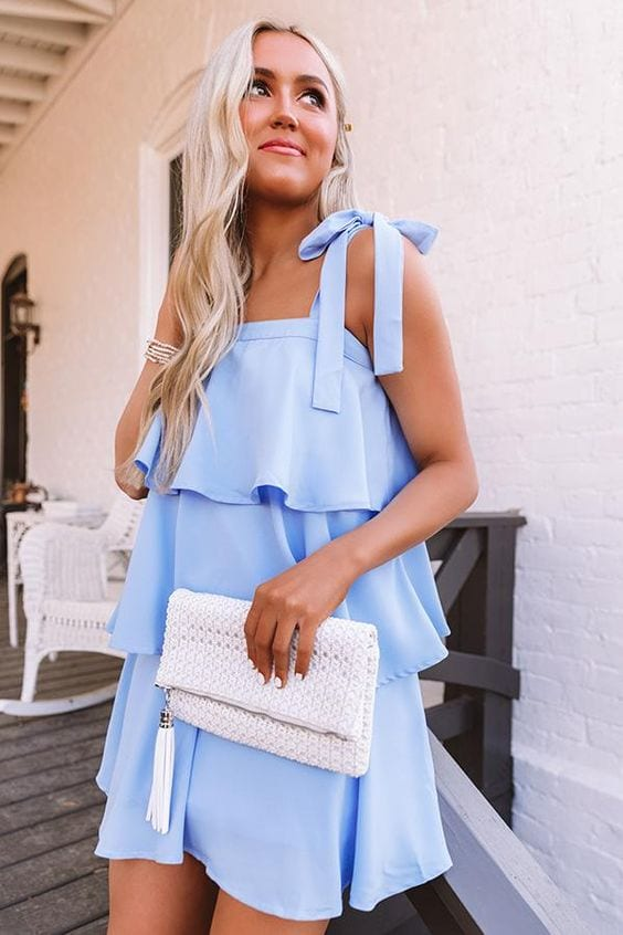 Outfits color baby blue spring - summer