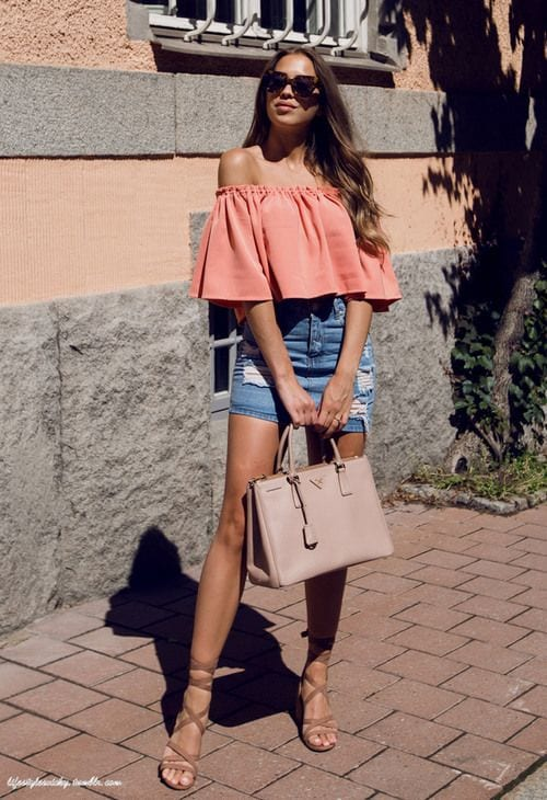 Looks with off-the-shoulder blouses and skirt for mature women