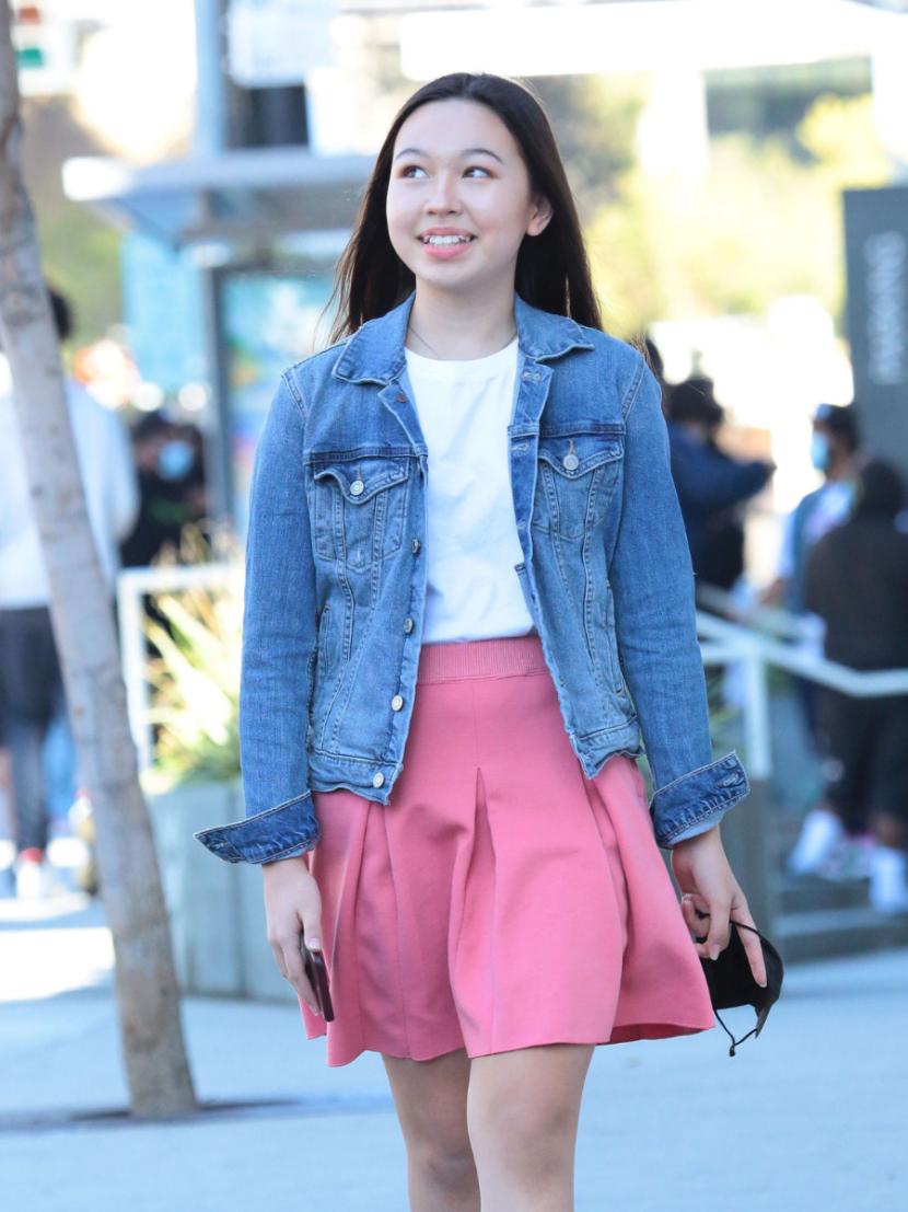 flared skirt ideal for hips dips