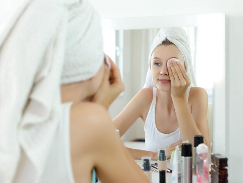 lengthen eyelashes remove make-up
