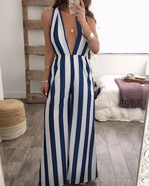 Wear looks with vertical stripes