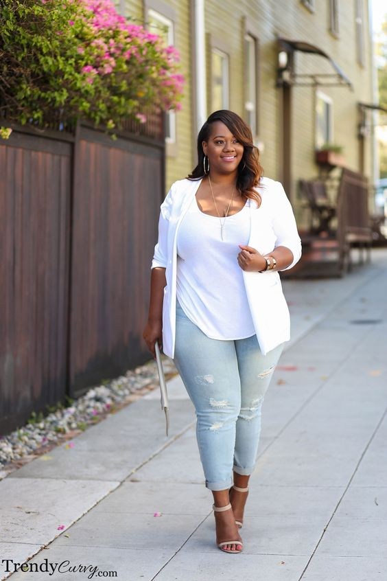 Looks with jeans and platforms for plus size women
