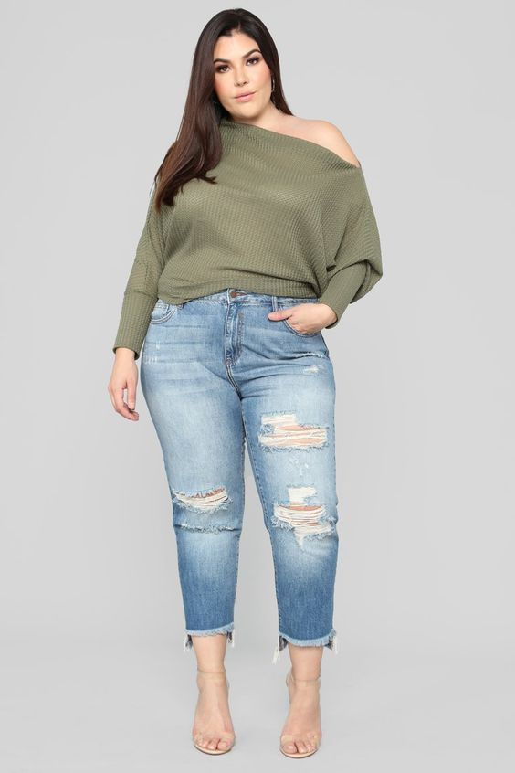 Outfits with straight jeans for plus size women