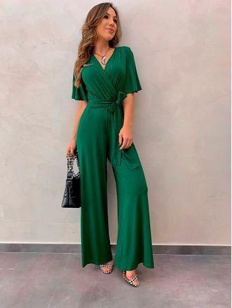 Dress in monochrome looks
