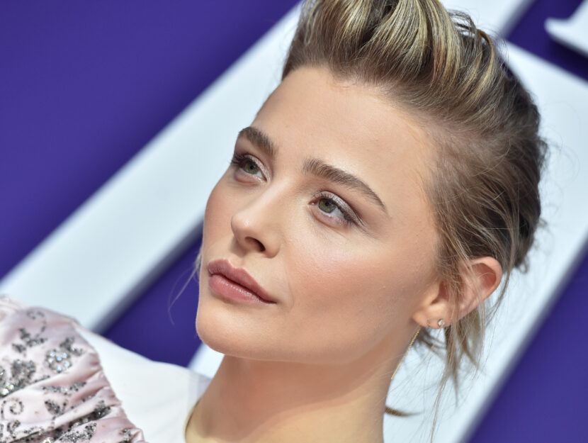 Chloe Grace Moretz is soft summer and enhances her look with a slightly taupe eyeshadow for