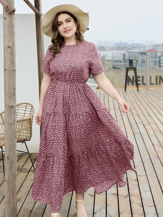 Designs of maxi dresses for pregnant women
