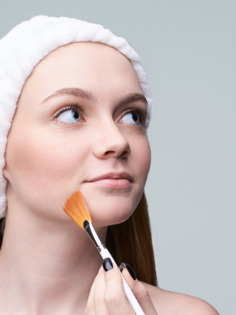 application of glycolic acid on combination skin