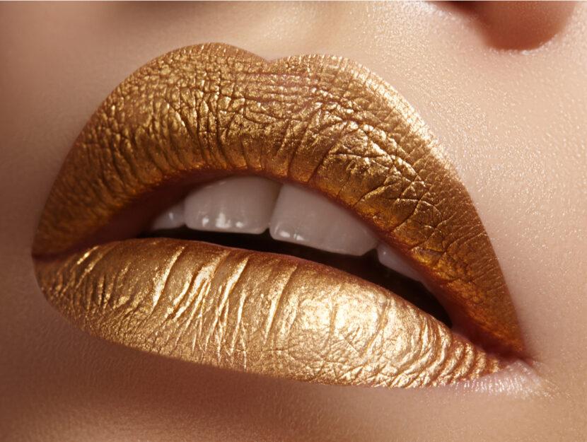 gold sparkling lipsticks