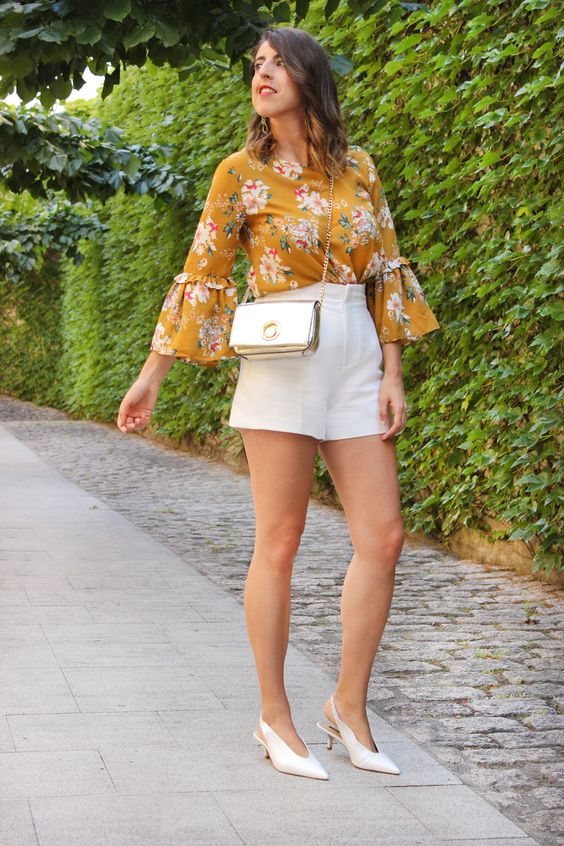 Looks with white shorts