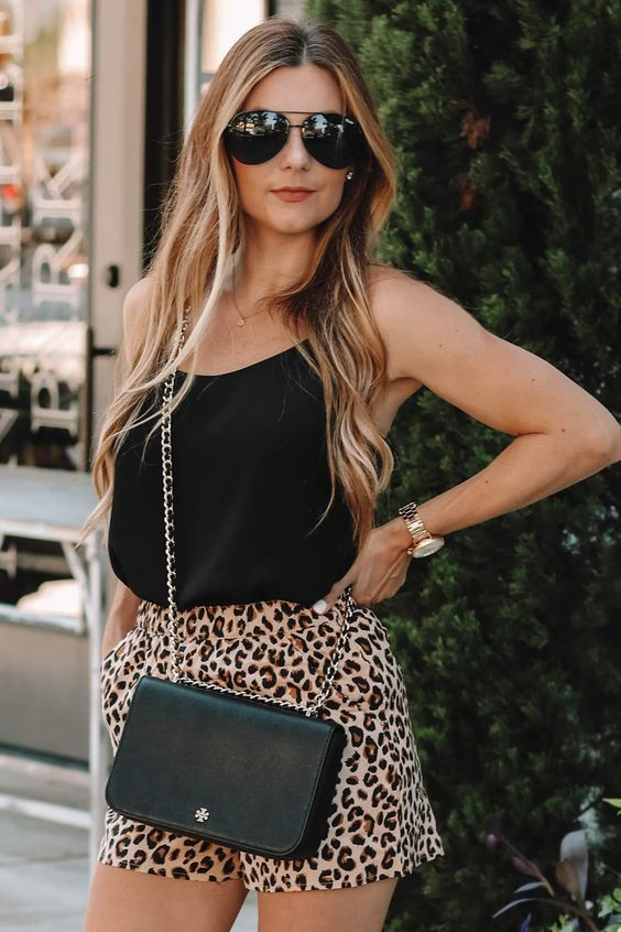 Looks with printed shorts