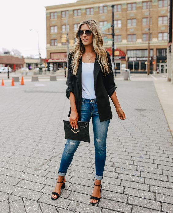 Casual looks with skinny jeans