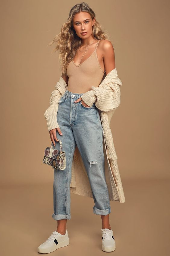 Summer clothes you must have after 30: Bodysuits