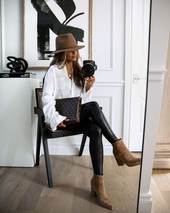 Low and wide heel ankle boots