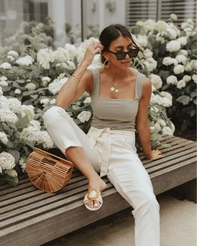 Choose to dress in cotton or linen garments
