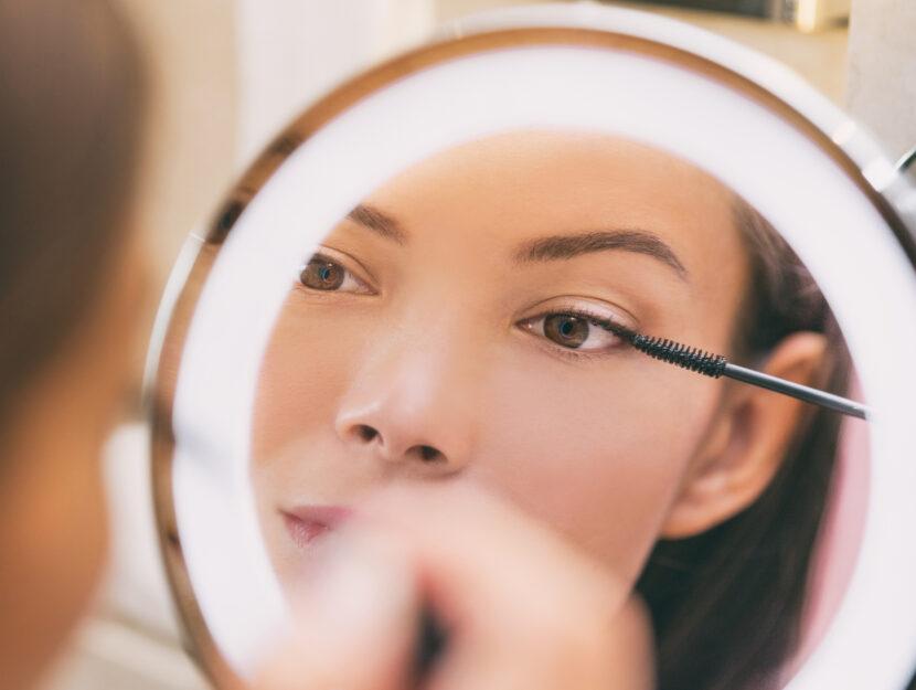 wear good eye makeup