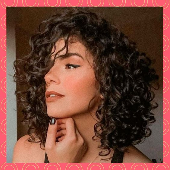 Haircuts for women with curls