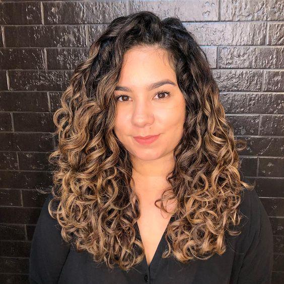 Mini curly mane